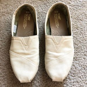 Toms Classic Slip On Canvas Shoes